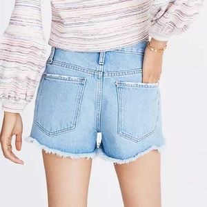 NWOT Madewell Relaxed Denim Shorts in Dunwoody